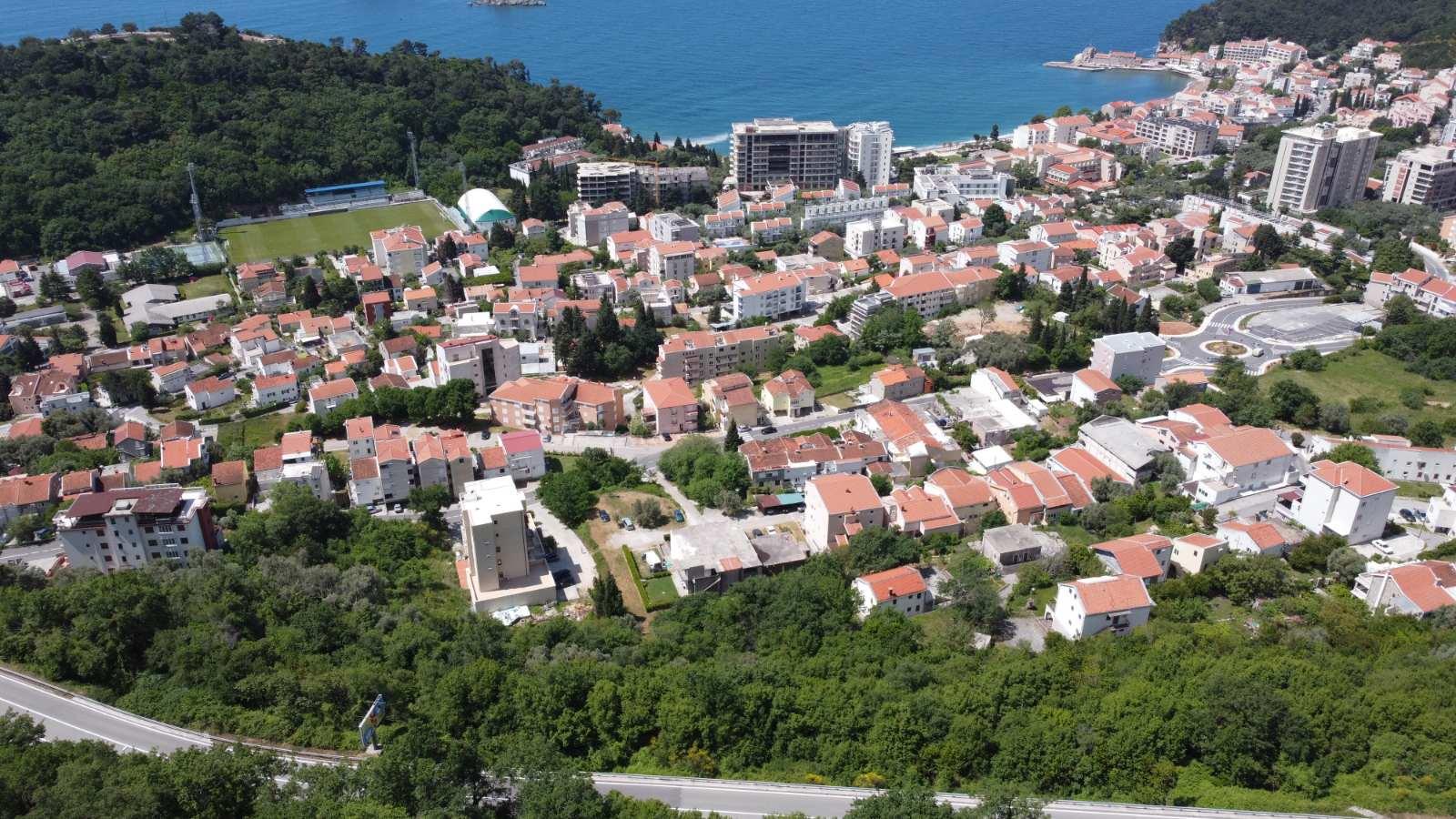 amforaproperty.com/Sniženo! Ekstra ponuda Urbanizovan plac u Petrovcu , pogled na more