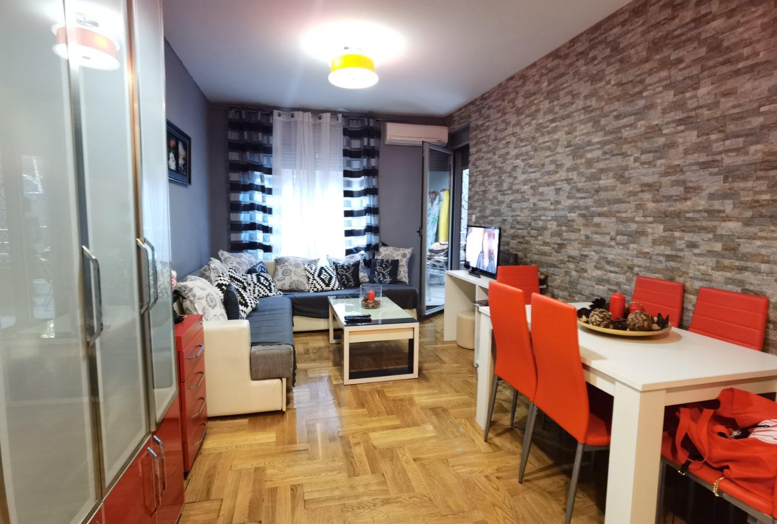 amforaproperty.com/Jednosoban namješten stan 39m2 Bečići prodaja ili zamjena uz doplatu