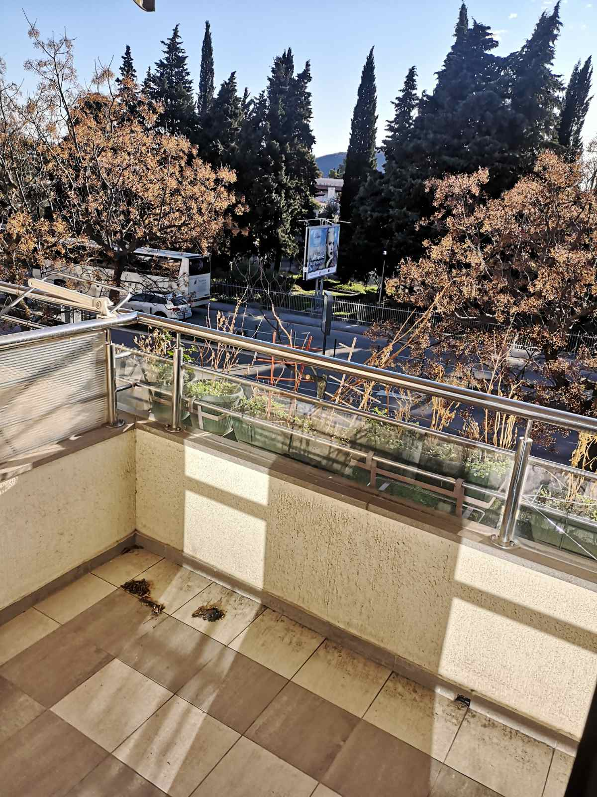amforaproperty.com/Stan 43 m2  sa garažom , na bulevaru u Budvi    90 000 EUR