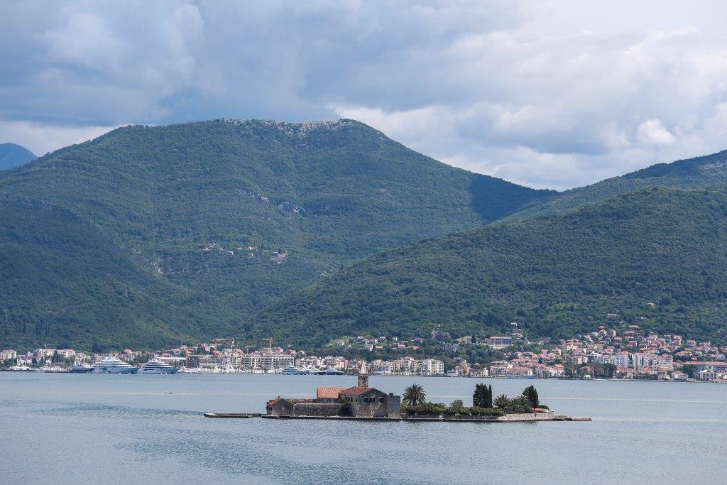 amforaproperty.com/Jedinstvena vila na obali mora, Krašići