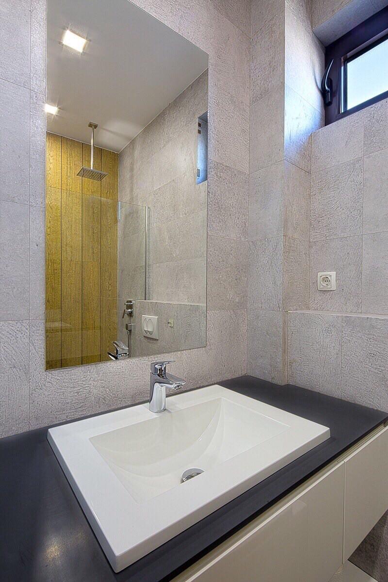 amforaproperty.com/Jednosoban luksuzno opremljen stan 54m2. Centar. Budva