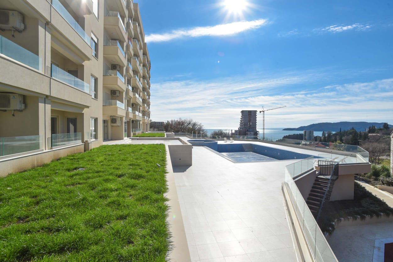 amforaproperty.com/Prodaja stanova-apartmana u novom luksuznom kompleksu STATUS, Bečići.